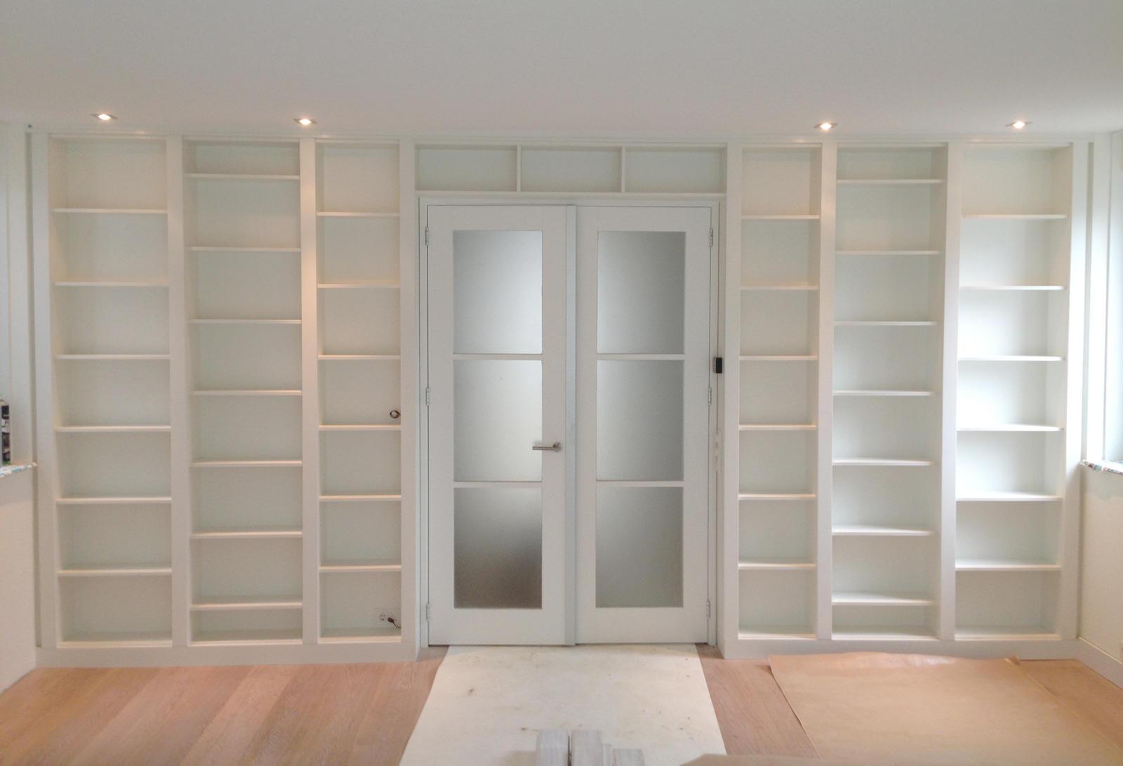 Ensuitekast op maat een ruimtelijke scheiding en een lust voor het oog krete - Scheiding tussen twee kamers ...